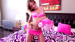 Lovely chick Amy Sweet tries out a far-out toy on her delicious cunt