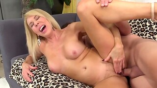 Load of shit hungry old women enjoy taking thick and distressed dicks and getting fucked