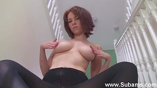 MILF Ellie Rose drops her clothes to play on the stairs. HD
