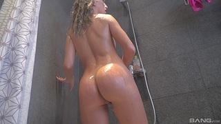 Sputter butt hottie Megane Lopez enjoys getting fucked by her friend