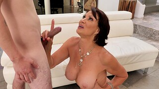 Dirty adult Vanessa Videl opens will not hear of legs relating to be fucked balls deep
