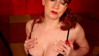 Red XXX plays with her soaking grungy pussy