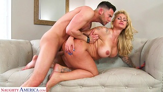 Hardcore fucking with large boobs MILF Ryan Conner first of all the sofa